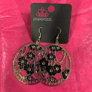 Very Large Oval Shaped Flowered Earrings Paparazzi